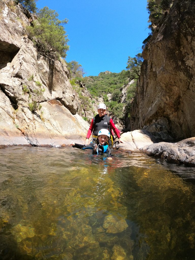 canyoning à beziers Herault languedoc roussillon 34500 canyoning enfant