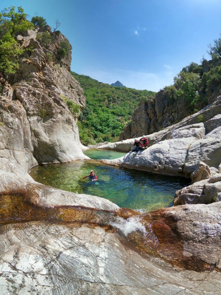 canyoning herault languedoc roussillon mons la trivalle canyoning du vialais herault langeudoc 34 massif du caroux